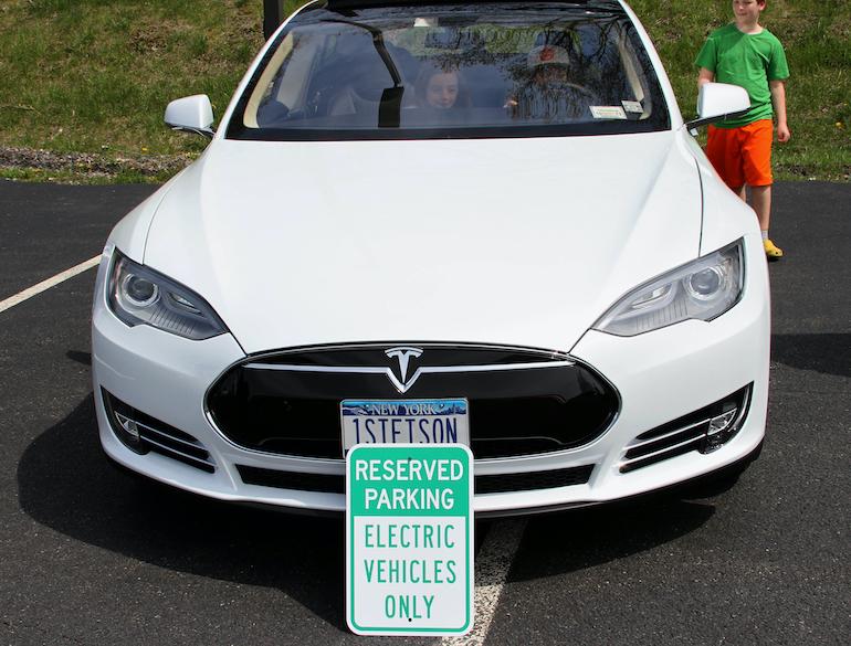 Electric Car Parade + Show